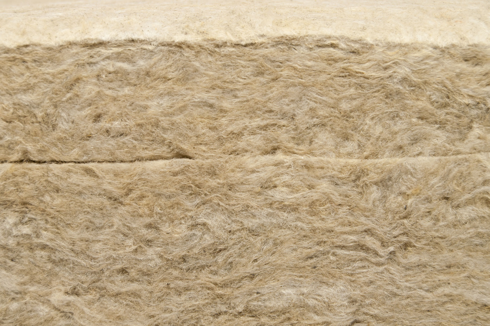 Mineral wool manufactured with magnesium carbonate